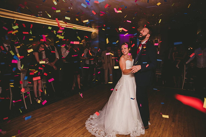 The First Dance Chainbridge Hotel Llangollen with Confetti Cannon